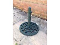 Dark Green Metal Garden Parasol Stand