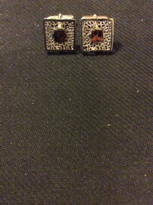 Nice VINTAGE  Cufflinks  collected from an Estate Sale