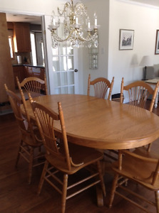 Dining room table, corner hutch, 6 chairs, 3 counter stools