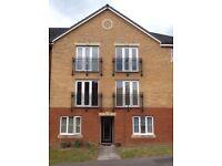2 Bedroom Top Floor Apartment with en suite in Rumney, Cardiff