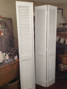 2 Sets of White Louver Doors