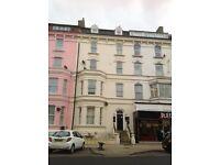 Flat 6 13 Cliff Street Bridlington 2 bed upper floor flat ****no bond or deposit required****