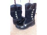 Black diamond kids boots size 7.5F