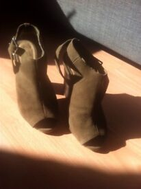 Size 6 khaki real suede boots