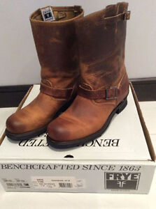 LIKE NEW FRYE BOOTS - SIZE 11