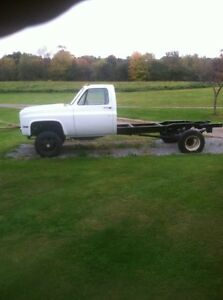 Looking to buy a 1973 to 1987 Chev cab& chassis dually 4x4