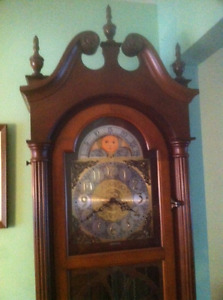 Grandfather Clock, Triple Chime, Moon Face