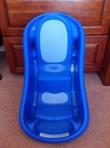 Bath Tub $10