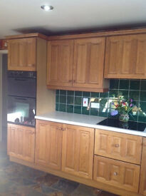 Solid Oak Kitchen & Appliances
