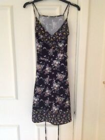 Brand New with Tags OASIS Ditsy Patched Ditsy Floral Sundress - Size UK 10, EU 36 - Guildford