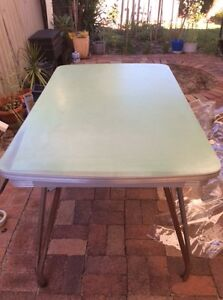 Dine Table and Chairs Thornlie Gosnells Area Preview