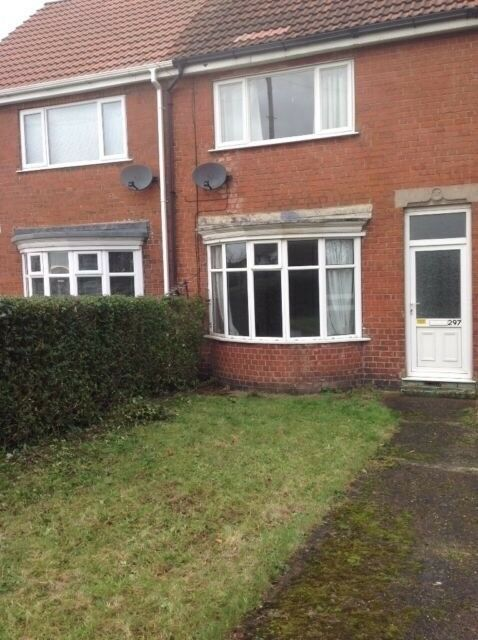 Large 3 bedroom family home to let in Bilton .