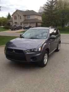2010 Mitsubishi Outlander good SUV, Crossover