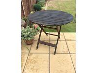Hardwood round folding table