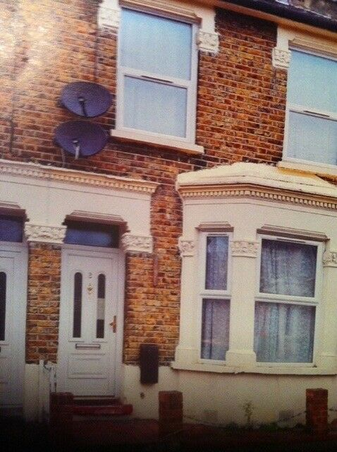 4 BED HOUSE WITH GARDEN IN STRATFORD