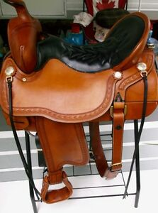 Tucker Apache Western Trail Saddle in New Condition!