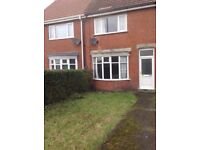 Beautiful spacious 3 bedroom family home to let in Bilton