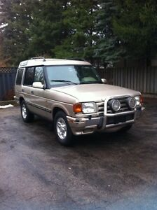 1998 Land Rover Discovery SUV Gold - AS IS