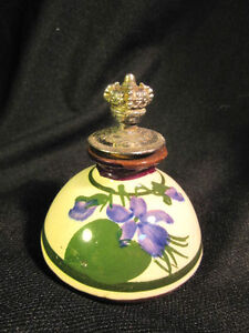Vintage Genuine DEVON POTTERY Inkwell w/ Silver Topper Made in England Nice
