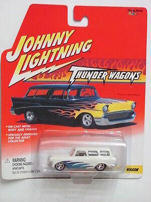 Johnny Lightning Thunder Wagons Custom Rambler Wagon