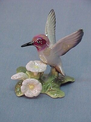 Hagen Renaker  HUMMINGBIRD on Flower 3178 ceramic figurine