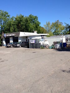 BUSY LOCATION FOR LEASE-AUTO SHOP AND OR CAR LOT