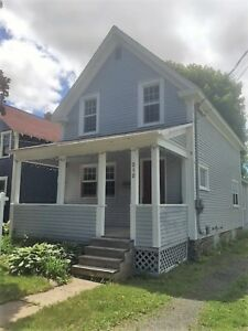 Downtown, walk to Farmers Market, schools & parks. Only $174,900