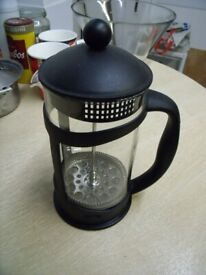 Large Coffee maker or coffee plunger . 2 L capacity