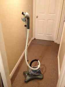 Portable Fabric/Clothes Steamer