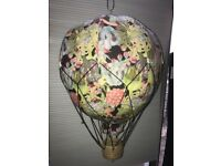FANTASTIC hot air balloon decoration for children bedroom