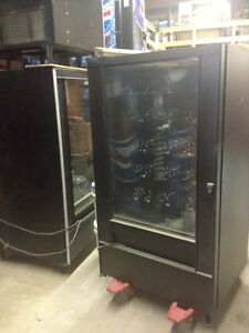 Refridgerated/Frozen vending Machine for sale/Key Lock Cylinders Regina Regina Area image 5
