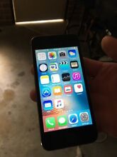. .. . iPhone 5s excellent condition ..... Lara Outer Geelong Preview