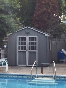 FREE SHED must be gone Wednesday or Thursday