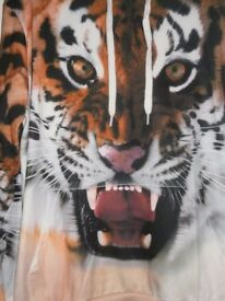 3D GRAPHIC TIGER SWEATSHIRT - SIZE L - BRAND NEW