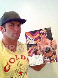 WWE-ZACK-RYDER-HAND-SIGNED-11X14-PROMO-PHOTO-WITH-PROOF
