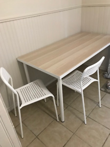 IKEA desk/table and chairs in excellent shape!