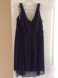 Beautiful Bridesmaid or Prom Dress Size 20 in Marine Blue