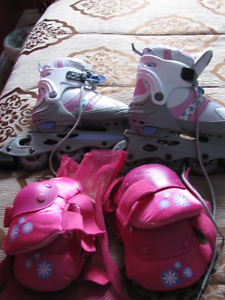 Girls Roller Blades (Includes Knee Pads & Elbow Pads)