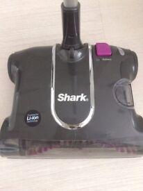 Shark - Cordless sweeper V3700UK
