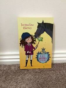 Alice Miranda on Holiday book - Jacqueline Harvey Charlestown Lake Macquarie Area Preview