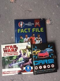 IDEAL FOR CHRISTMAS GIFTS - Football, StarWars and Cars children's reference books