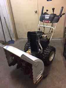"28"" White Snowblower"