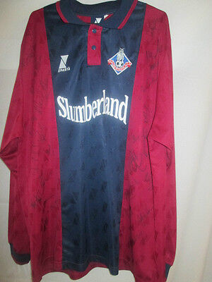 Oldham Athletic Away Football Shirt Signed by 2000-2001 Squad with COA (14831) image