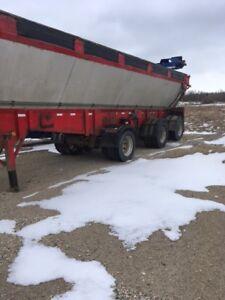 Live Bottom Trailer 2006 Trout River(New Price)