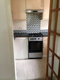 2 BED FIRST FLOOR FLAT TO RENT - UNFURNISHED - AVAILABLE 28/07/17