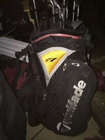 Used TaylorMade R7 Bag including all clubs-