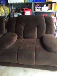 comfy xlarge  recliner sofa