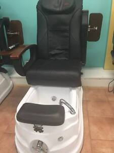 $300 Pedicure Chair and Tub Cambridge Kitchener Area image 1
