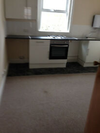 Double bedsit in Southbourne
