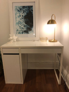 White Ikea Desk - Perfect Condition